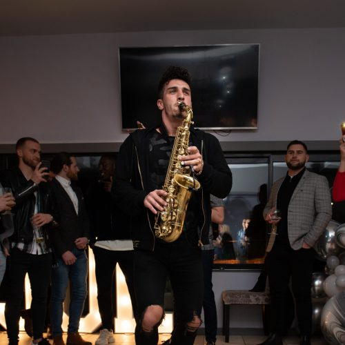 saxophone-singer-joe-30-party.jpg
