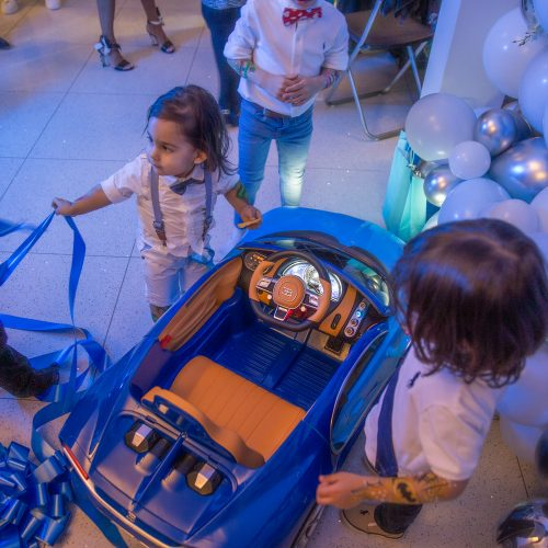 kids-cars-and-balloons.jpg