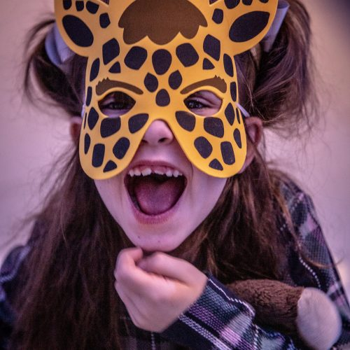 giraffe-mask-girl.jpg