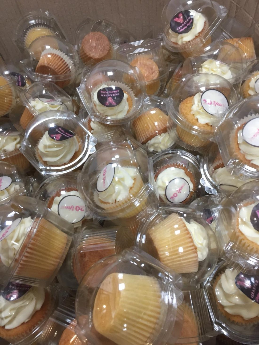 verastar-cupcakes.jpg